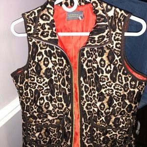 Women's cheetah printed vest